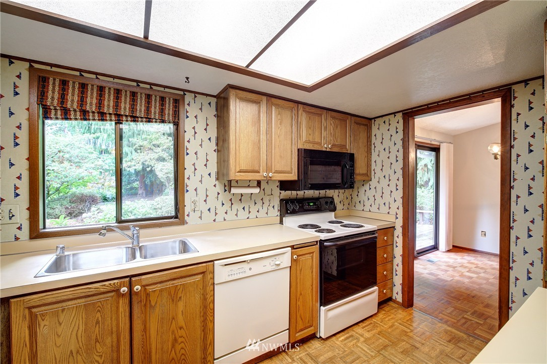 Sold Property | 6709 180th Street SW Lynnwood, WA 98037 7