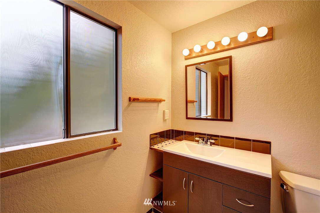 Sold Property | 6709 180th Street SW Lynnwood, WA 98037 14