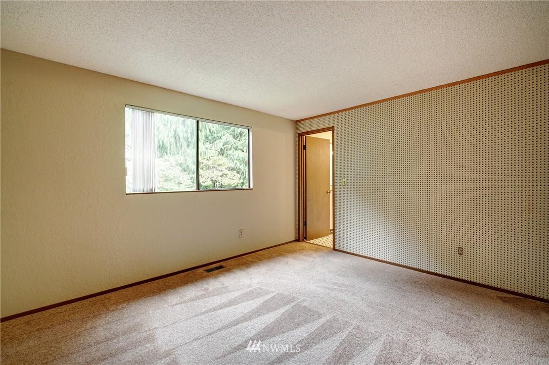 Sold Property | 6709 180th Street SW Lynnwood, WA 98037 11