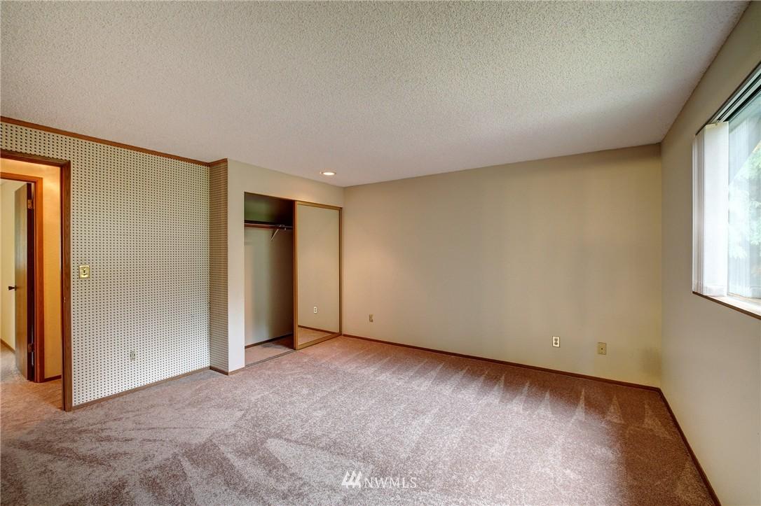 Sold Property | 6709 180th Street SW Lynnwood, WA 98037 10