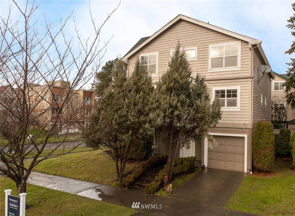 Sold Property | 4322 SW Seattle Street Seattle, WA 98116 1