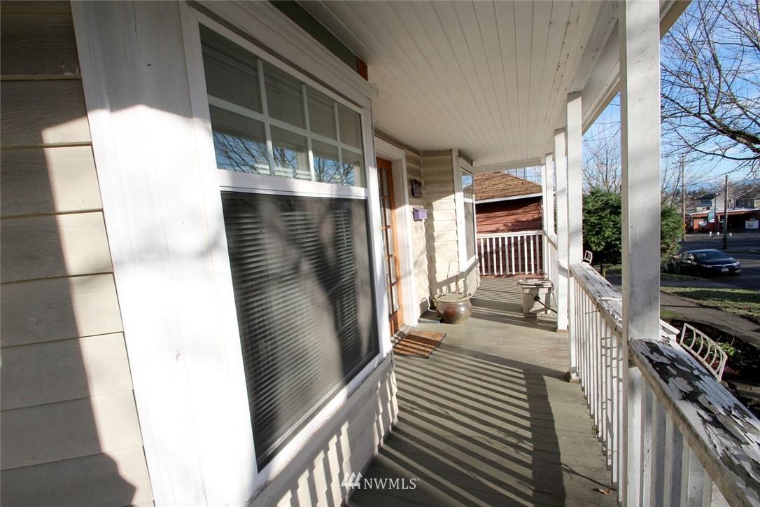 Sold Property | 1906 E Union Seattle, WA 98122 1