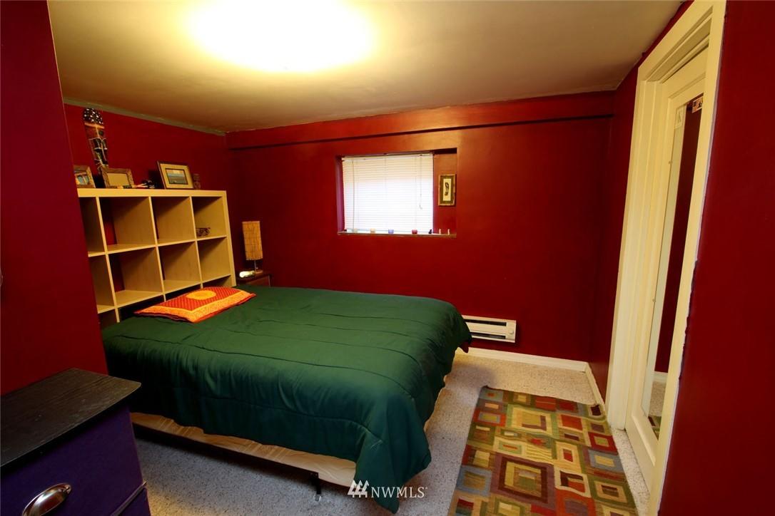 Sold Property | 1906 E Union Seattle, WA 98122 10