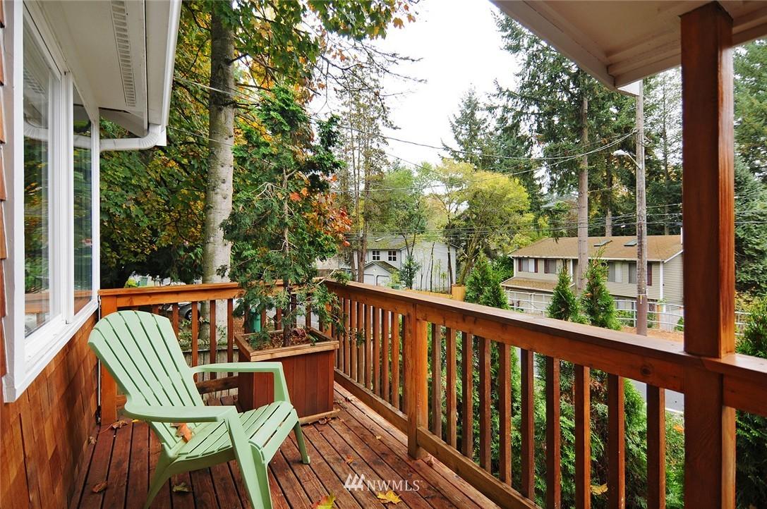 Sold Property | 8808 Ravenna Avenue NE Seattle, WA 98115 1