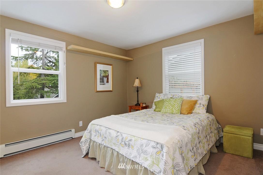 Sold Property | 8808 Ravenna Avenue NE Seattle, WA 98115 8