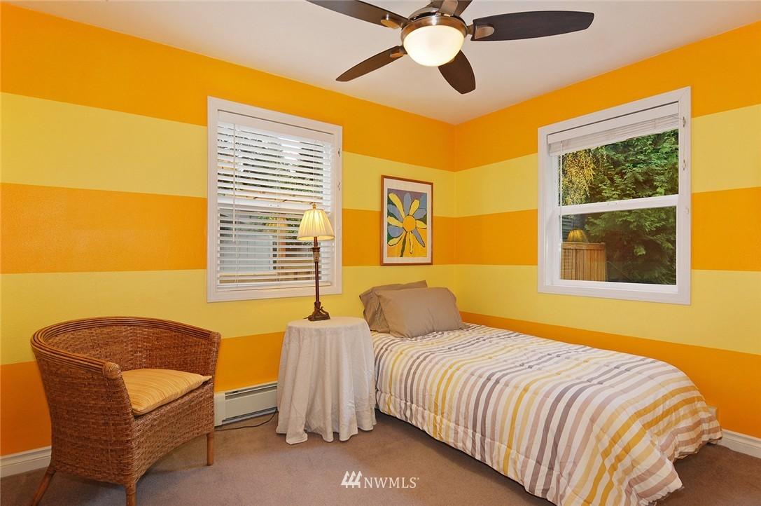 Sold Property | 8808 Ravenna Avenue NE Seattle, WA 98115 9