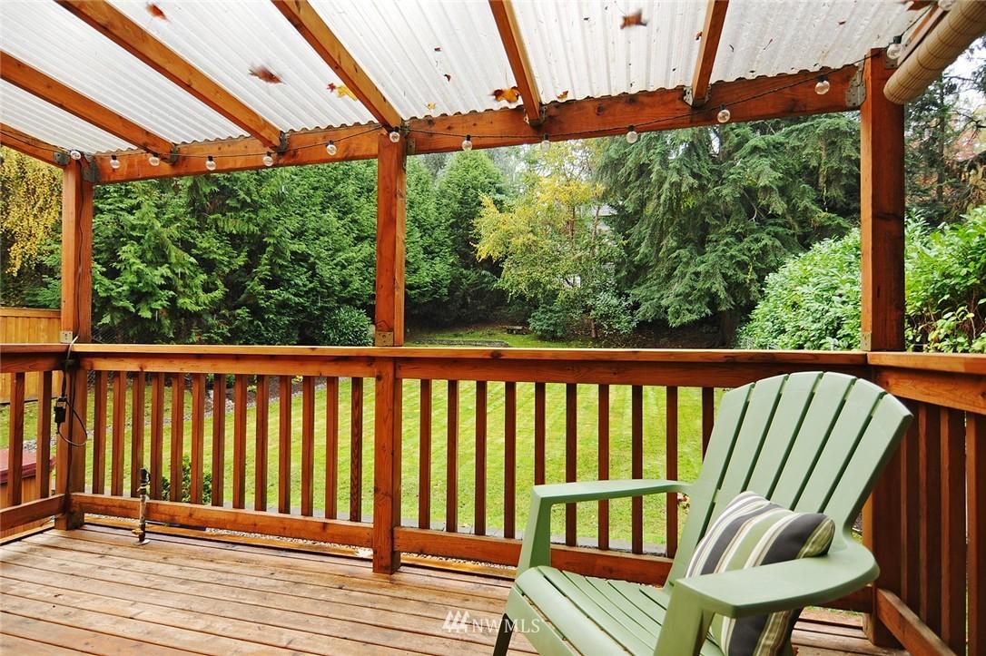 Sold Property | 8808 Ravenna Avenue NE Seattle, WA 98115 16