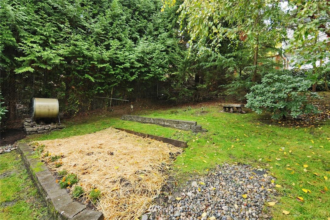 Sold Property | 8808 Ravenna Avenue NE Seattle, WA 98115 19