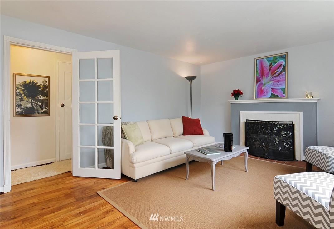 Sold Property | 15642 5th Avenue NE Shoreline, WA 98155 2