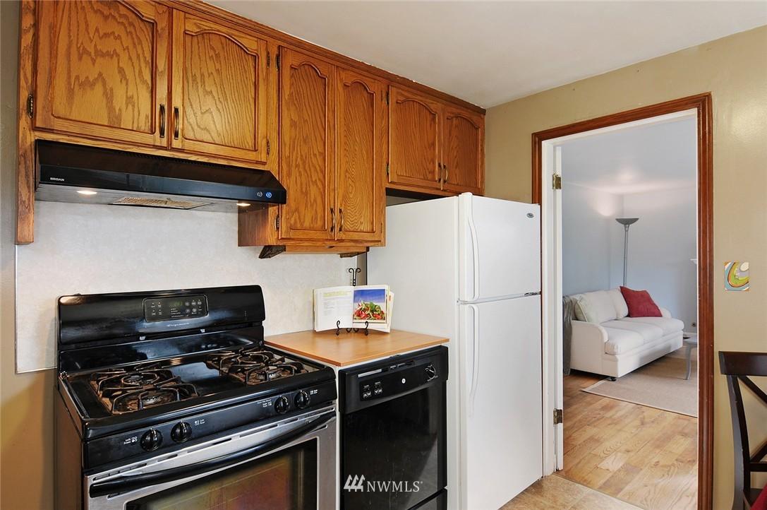 Sold Property | 15642 5th Avenue NE Shoreline, WA 98155 5