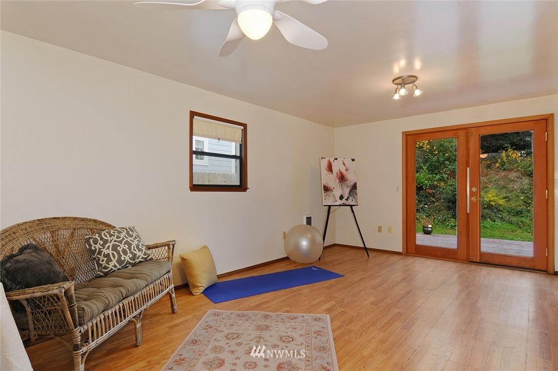 Sold Property | 15642 5th Avenue NE Shoreline, WA 98155 10
