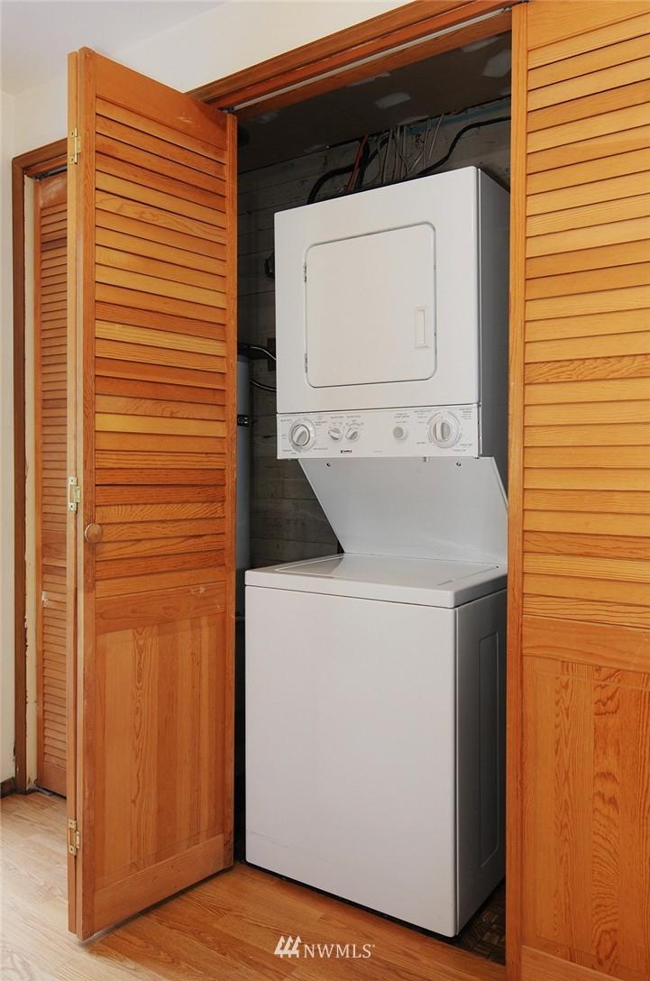 Sold Property | 15642 5th Avenue NE Shoreline, WA 98155 12