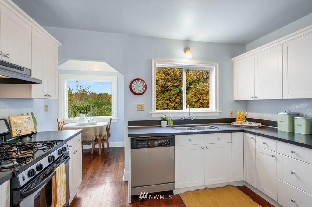 Sold Property | 3411 16th Avenue S Seattle, WA 98144 3