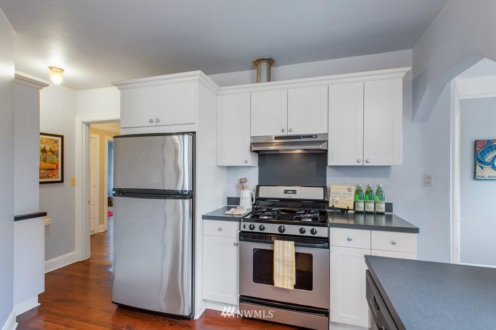 Sold Property | 3411 16th Avenue S Seattle, WA 98144 4