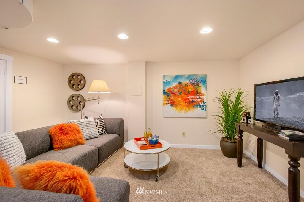 Sold Property | 3411 16th Avenue S Seattle, WA 98144 10