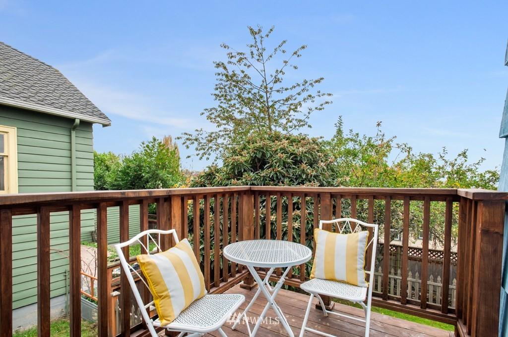 Sold Property | 3411 16th Avenue S Seattle, WA 98144 12