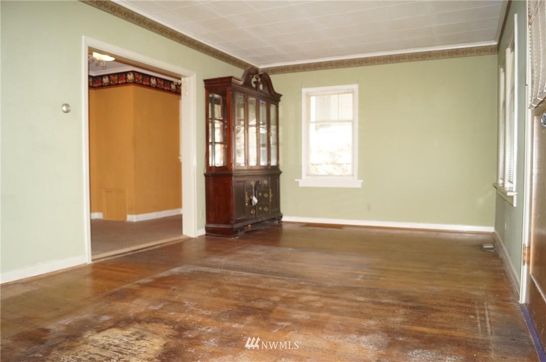 Sold Property | 1011 N 46th Street Seattle, WA 98103 4