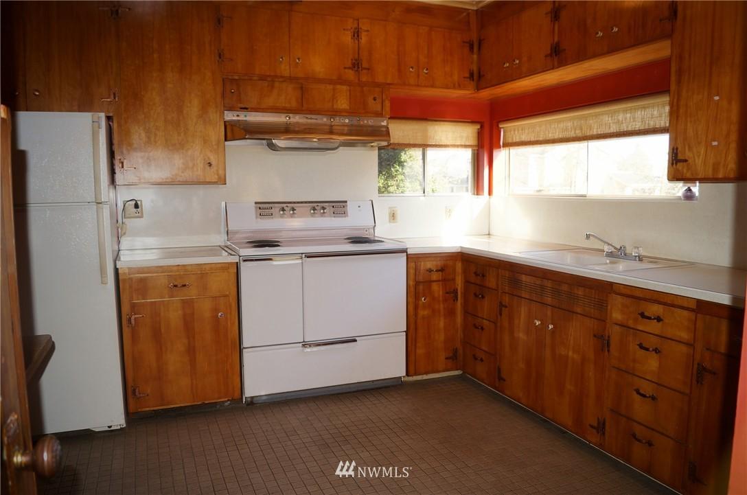 Sold Property | 1011 N 46th Street Seattle, WA 98103 5