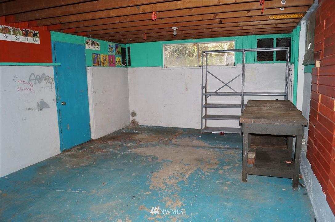 Sold Property | 1011 N 46th Street Seattle, WA 98103 13