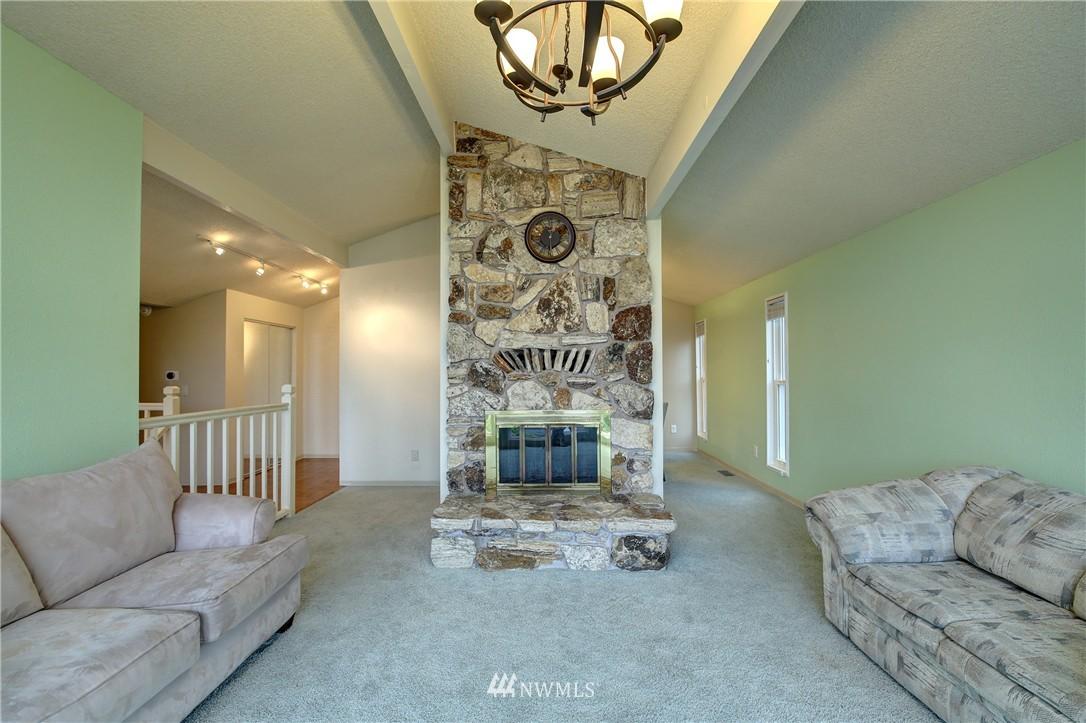 Sold Property | 13622 SE 232nd Street Kent, WA 98042 3