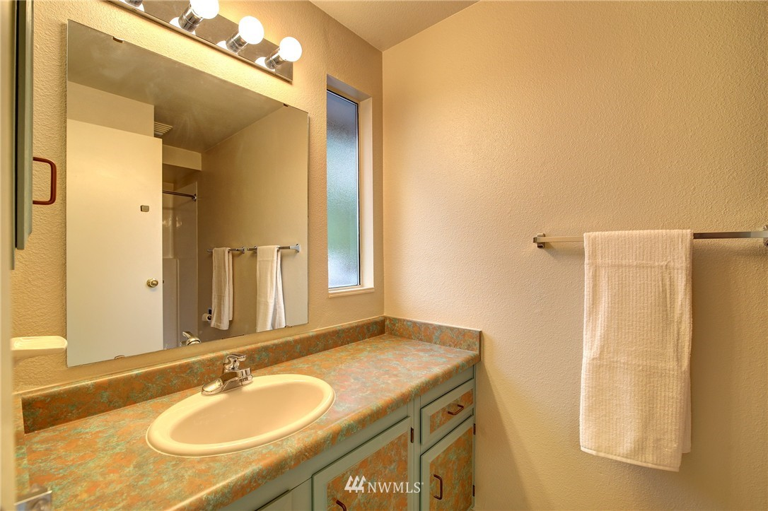 Sold Property | 13622 SE 232nd Street Kent, WA 98042 15