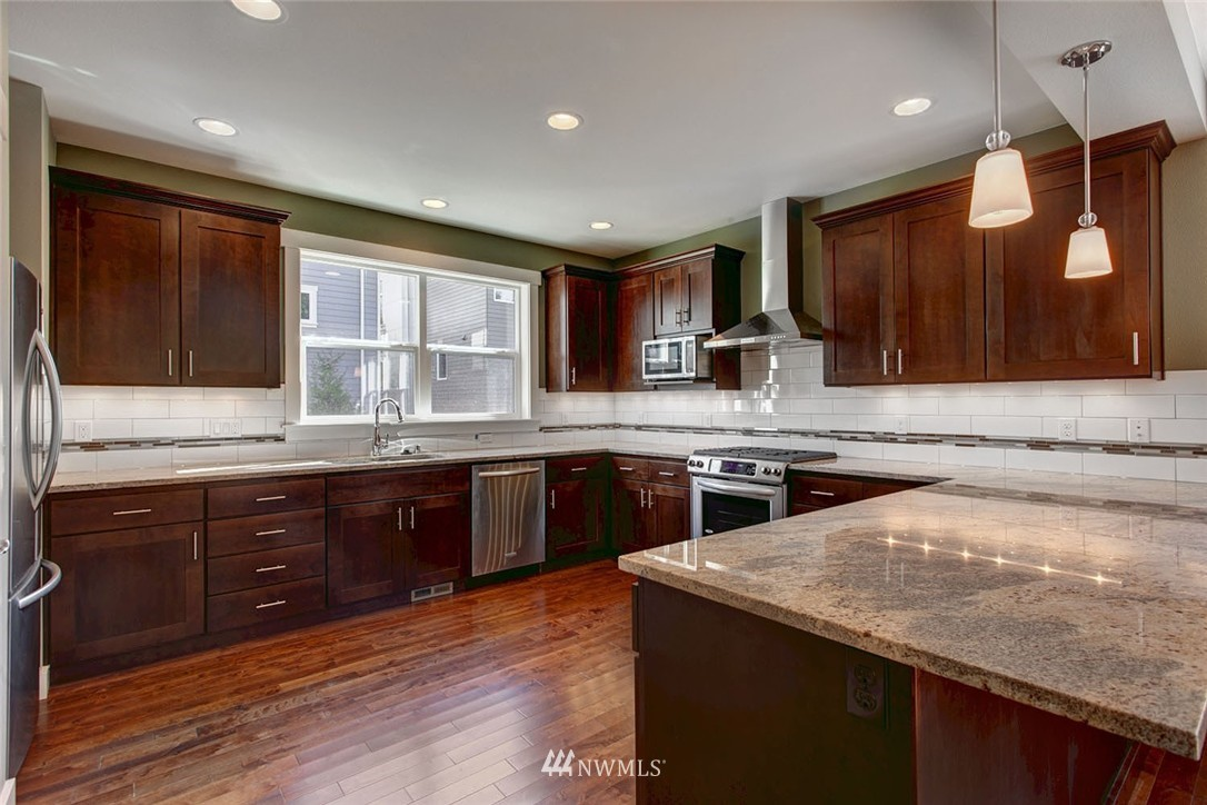 Sold Property | 12029 36th Avenue NE Seattle, WA 98125 3