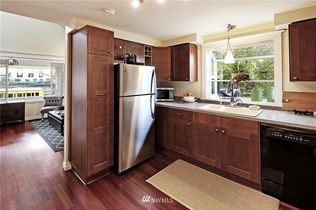 Sold Property   154 NW 81st Street Seattle, WA 98117 6