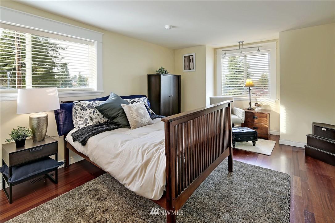 Sold Property   154 NW 81st Street Seattle, WA 98117 9