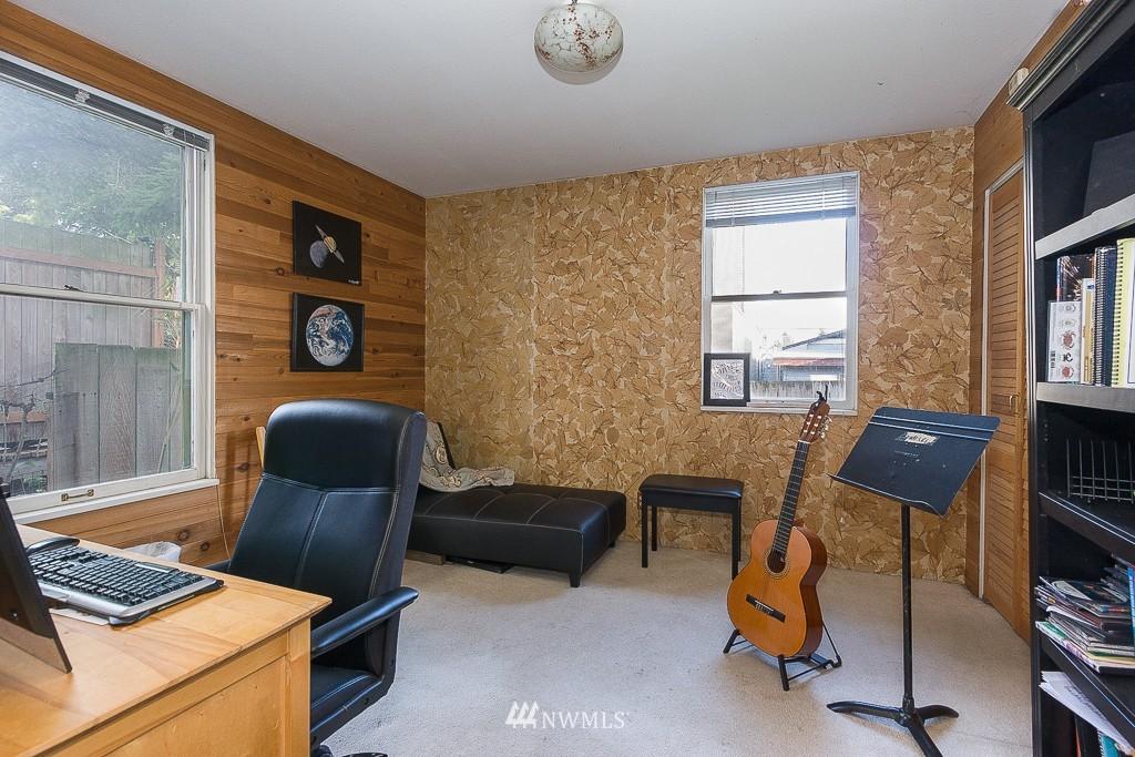 Sold Property | 7216 Palatine Avenue N Seattle, WA 98103 6