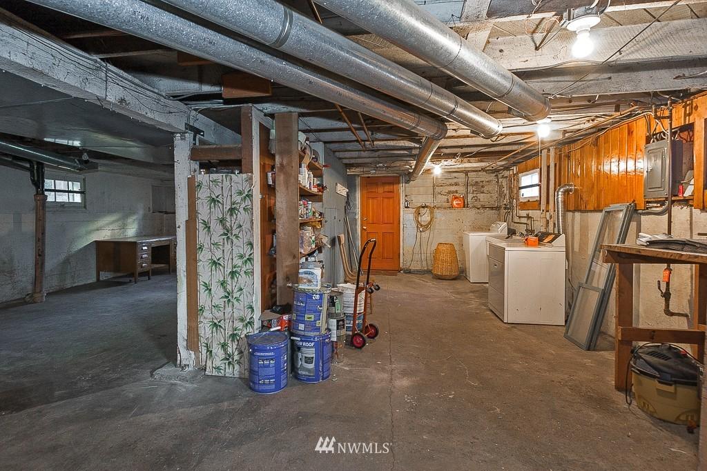 Sold Property | 7216 Palatine Avenue N Seattle, WA 98103 14