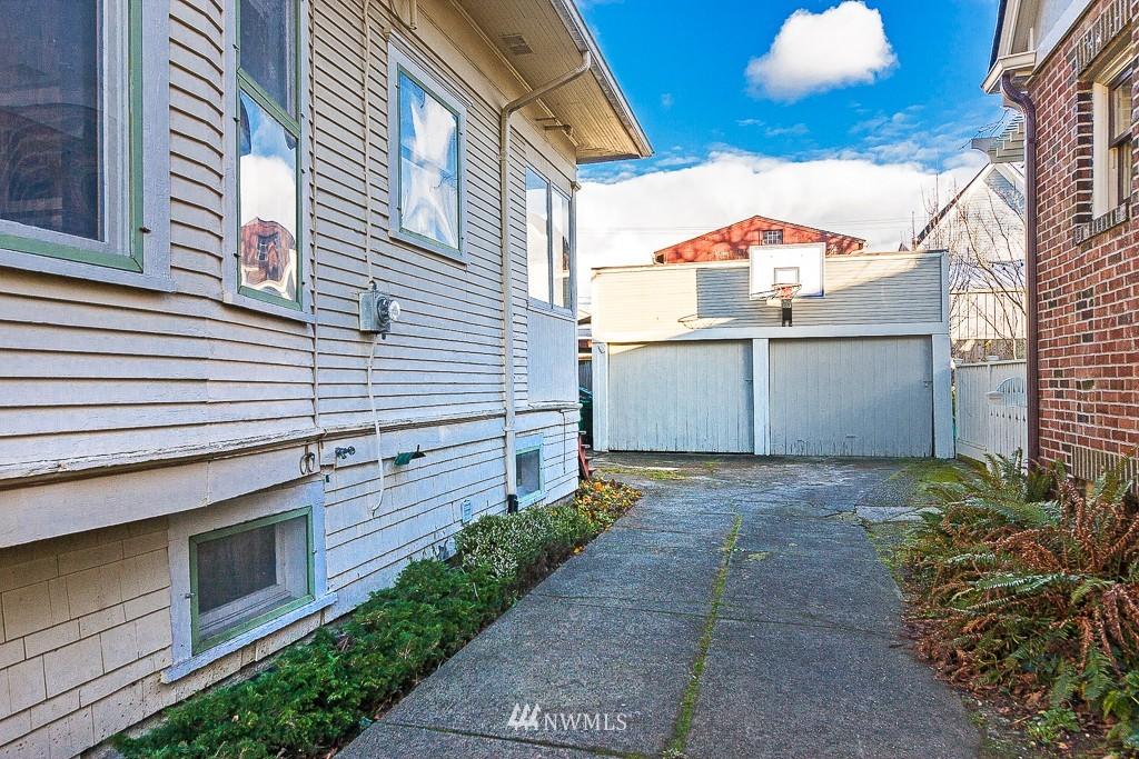 Sold Property | 7216 Palatine Avenue N Seattle, WA 98103 17