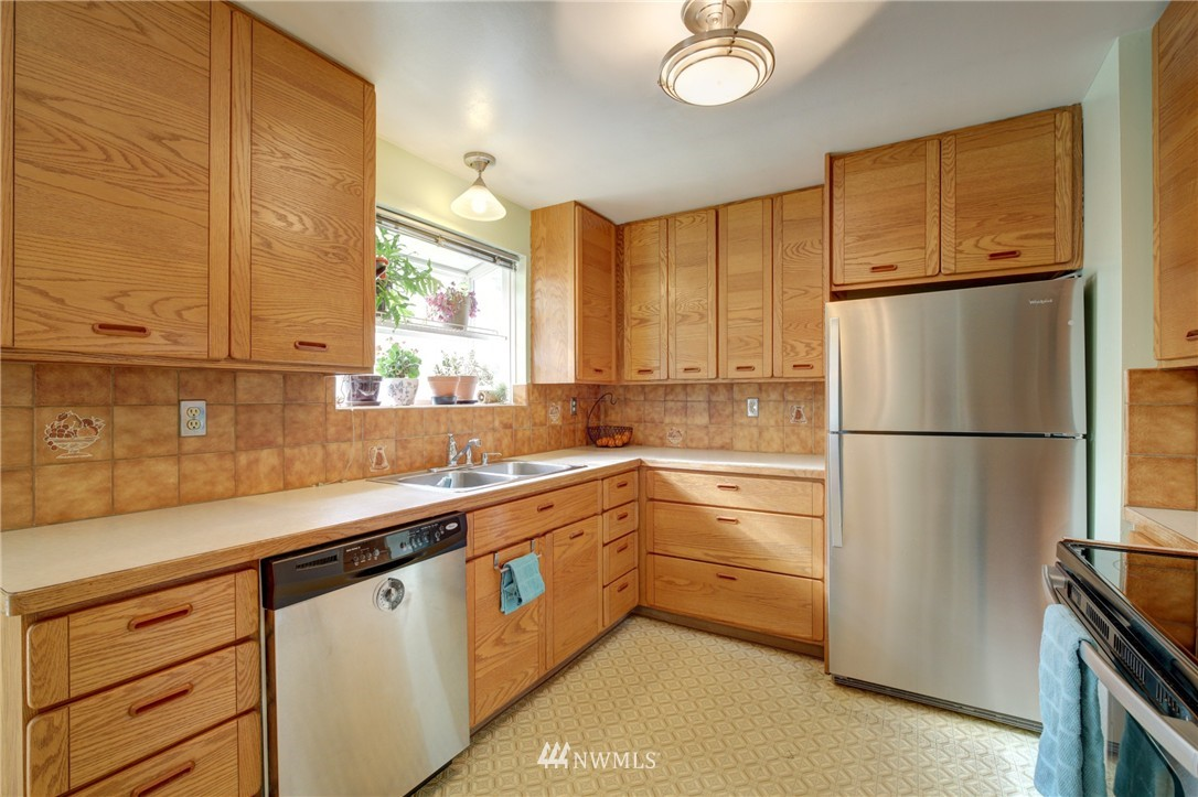Sold Property | 4602 233rd Street SW Mountlake Terrace, WA 98043 5