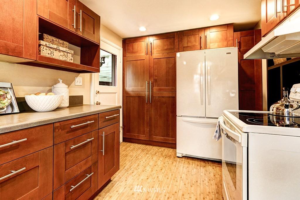 Sold Property | 12026 2nd Avenue NE Seattle, WA 98125 6