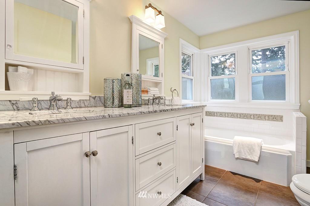 Sold Property | 12026 2nd Avenue NE Seattle, WA 98125 8