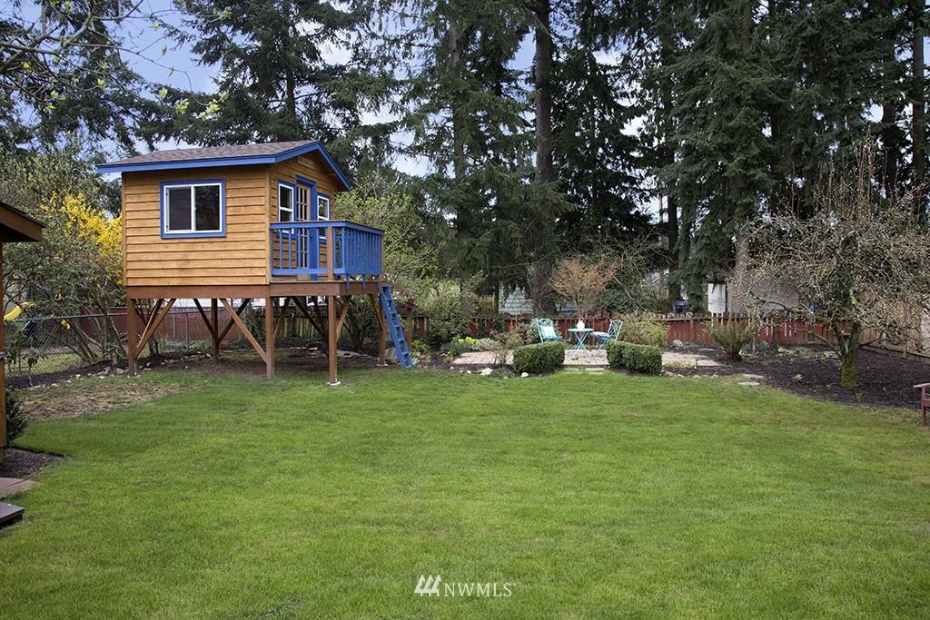 Sold Property | 12026 2nd Avenue NE Seattle, WA 98125 13