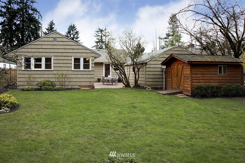 Sold Property | 12026 2nd Avenue NE Seattle, WA 98125 15