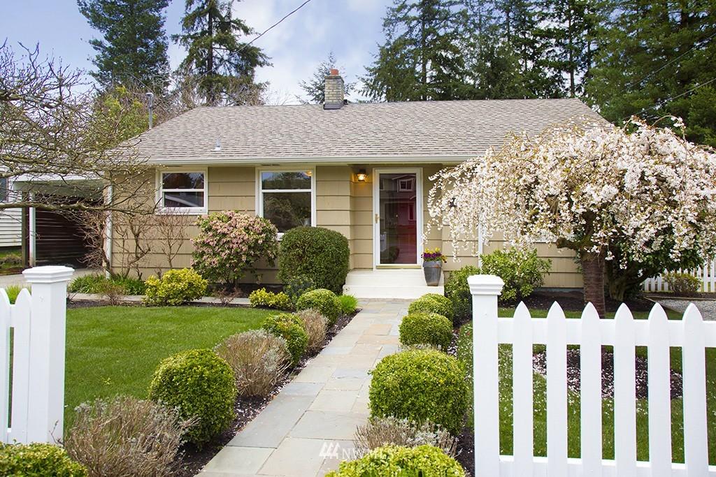 Sold Property | 12026 2nd Avenue NE Seattle, WA 98125 0