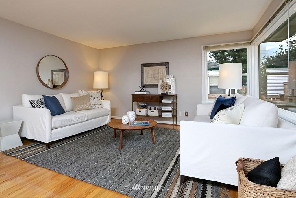 Sold Property | 12026 2nd Avenue NE Seattle, WA 98125 4