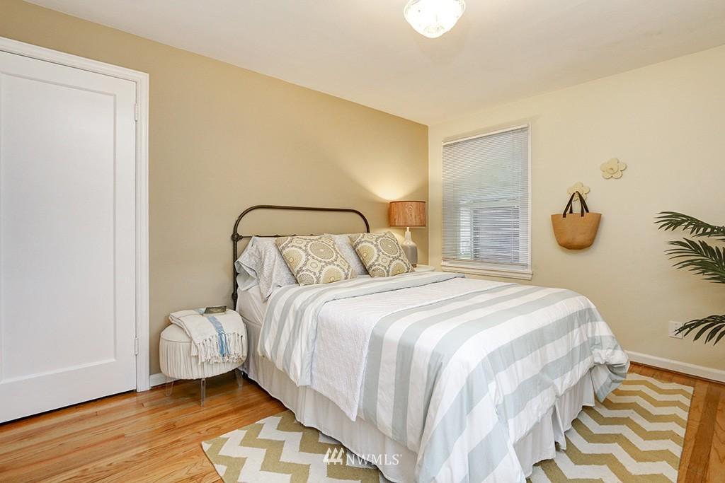 Sold Property | 12026 2nd Avenue NE Seattle, WA 98125 11