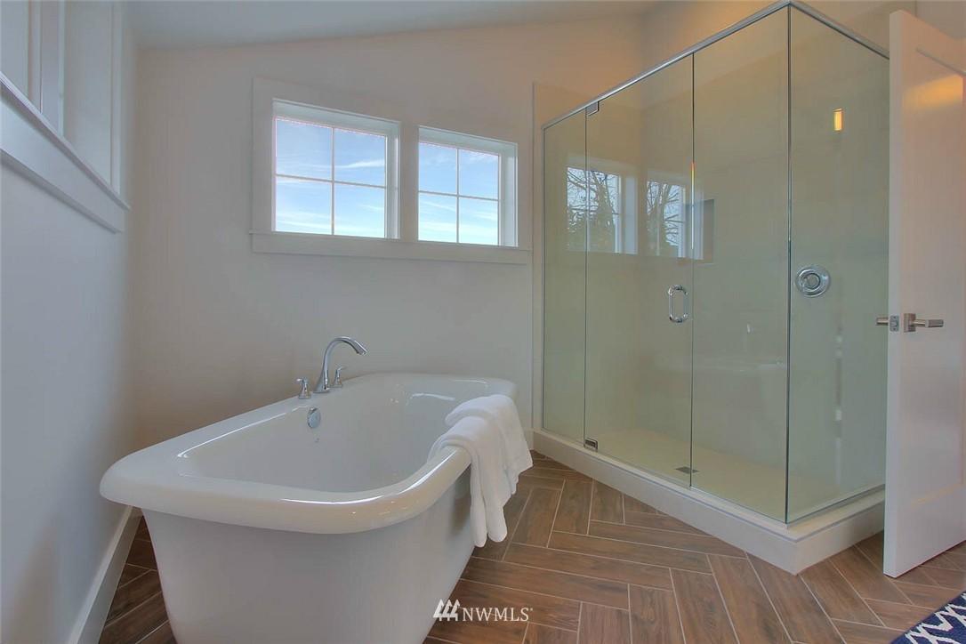 Sold Property   2356 N 58th Street Seattle, WA 98103 13