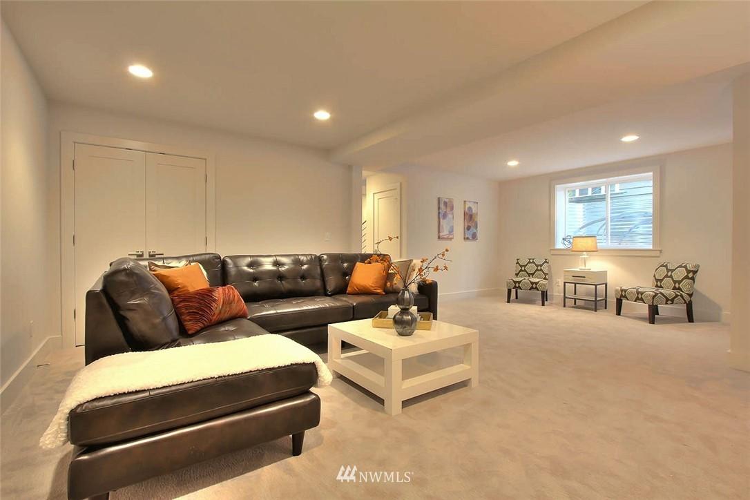 Sold Property   2356 N 58th Street Seattle, WA 98103 14