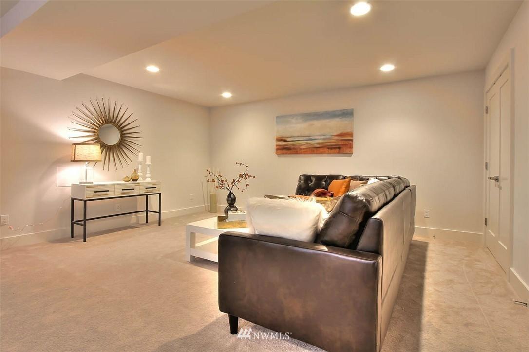 Sold Property   2356 N 58th Street Seattle, WA 98103 15