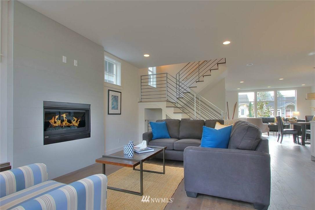 Sold Property   2356 N 58th Street Seattle, WA 98103 8