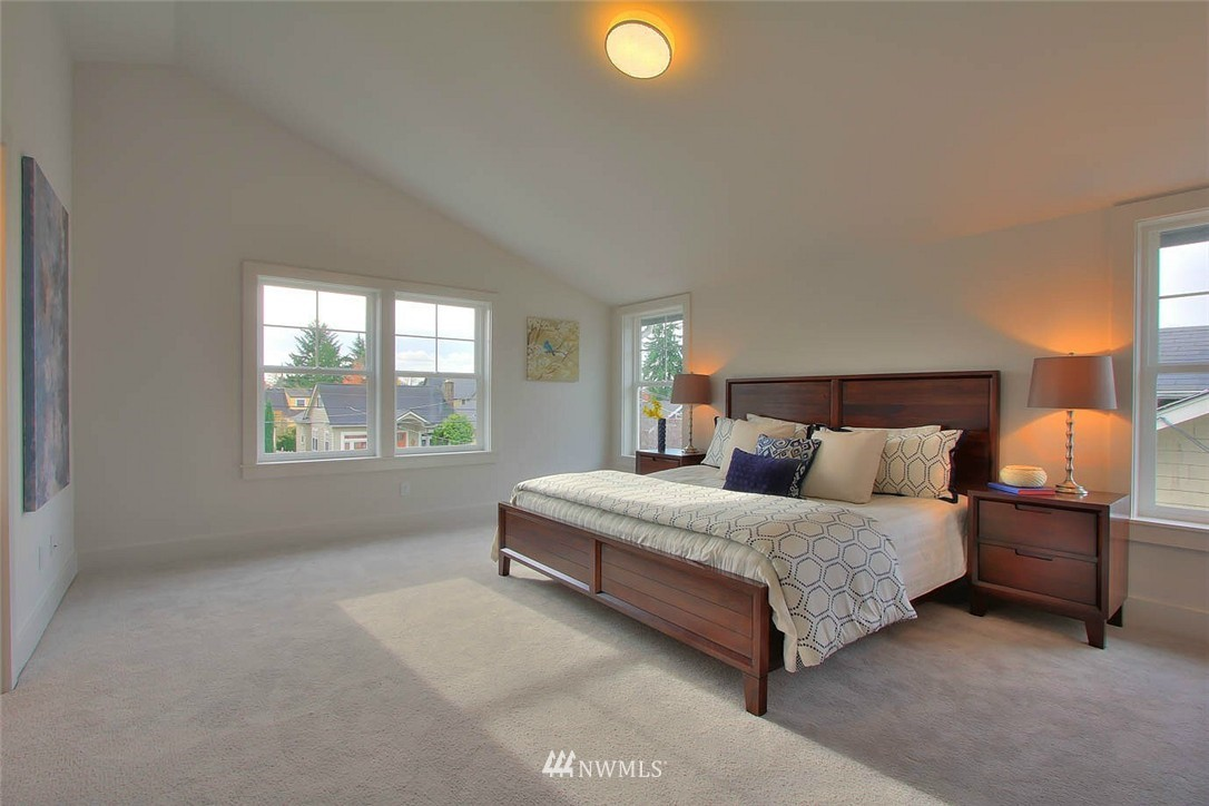 Sold Property   2356 N 58th Street Seattle, WA 98103 11