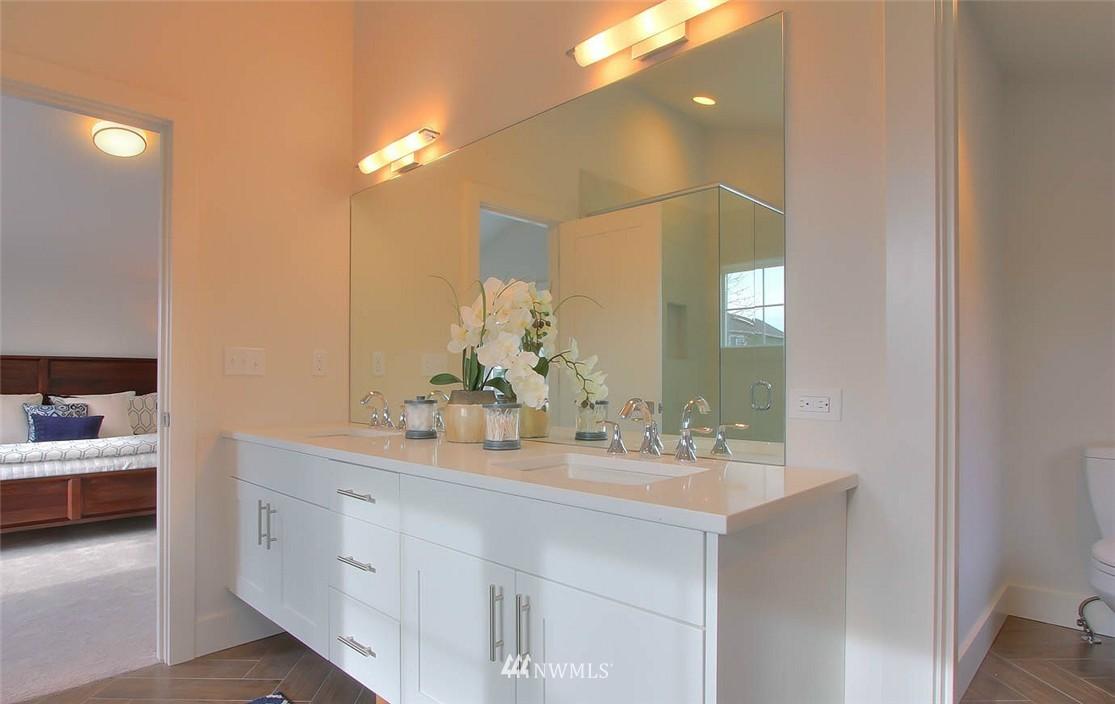 Sold Property   2356 N 58th Street Seattle, WA 98103 12