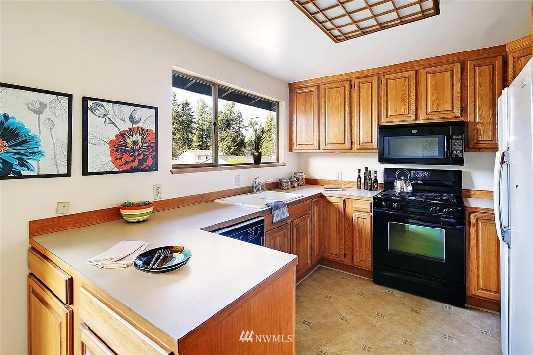 Sold Property | 20508 78th Place W Edmonds, WA 98026 4