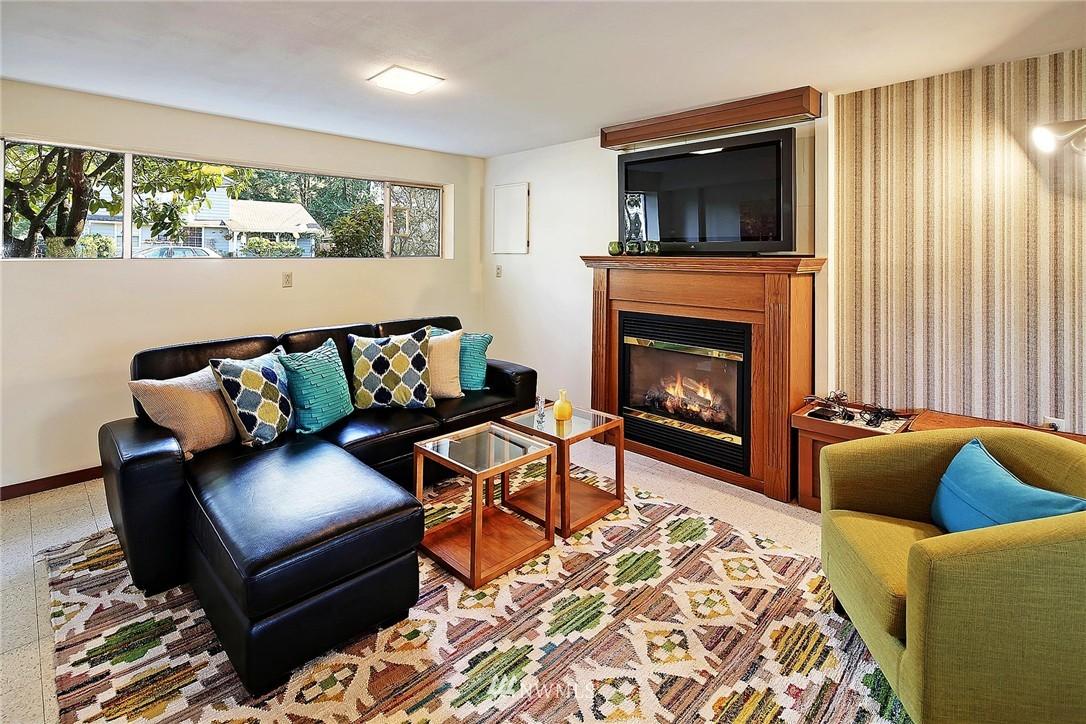 Sold Property | 20508 78th Place W Edmonds, WA 98026 9