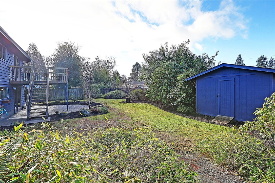 Sold Property | 20508 78th Place W Edmonds, WA 98026 15