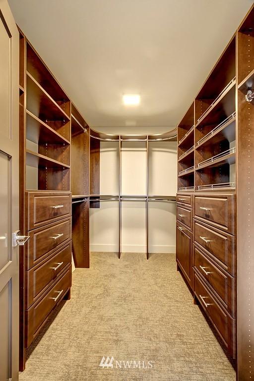 Sold Property   3813 NE 57th Street Seattle, WA 98105 12