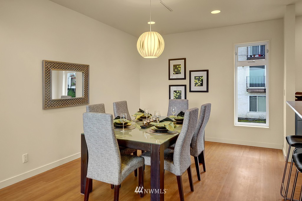 Sold Property | 1523 19th Avenue #B Seattle, WA 98122 6